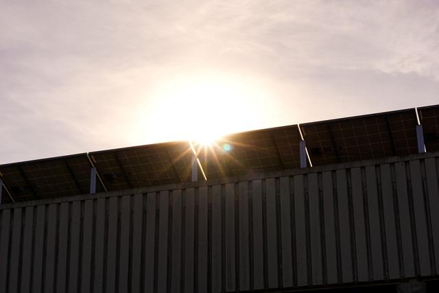 solar-cell-4106401_640.jpg