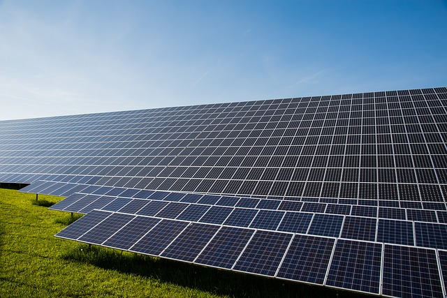 photovoltaic-491702_640.jpg